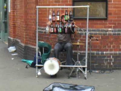 Cooles Bierflaschen Instrument