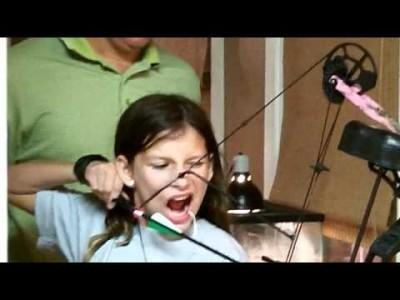 Zahn ziehen mit Pfeil und Bogen
