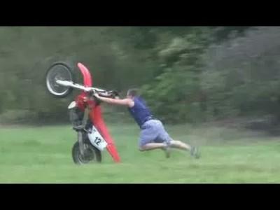 Beste Fails, 【 dumme und lustige Unfälle 】 im August 2012